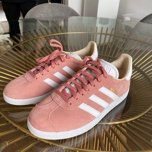 Adidas Gazelle Women's Size 6.5 BRAND NEW